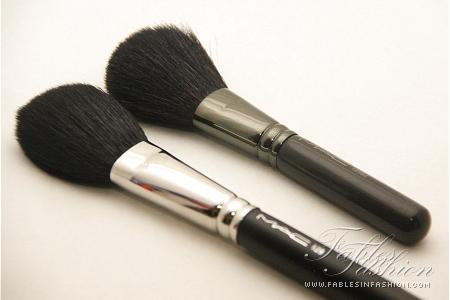 MAC Full Sized Brushes vs MAC Travel Sized Brushes ...