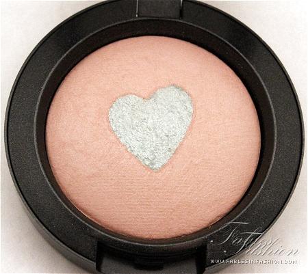 MAC Quite Cute Mineralize Blush - Giggly