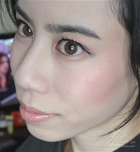 Chantecaille Illuminating Face Powder
