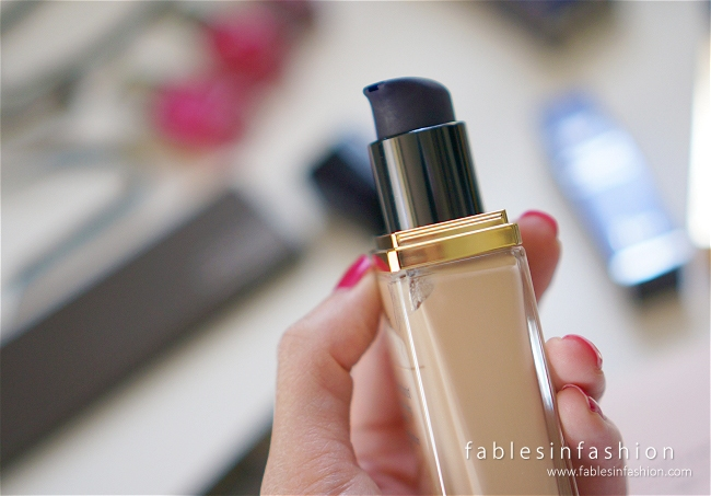 Estee Lauder Perfectionist Youth-Infusing Makeup