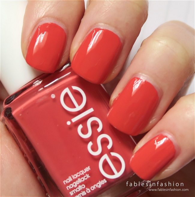 essie-winter-2015-bump-up-the-pumps