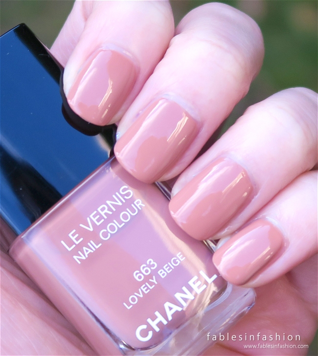 chanel-les-beige-2015-663-lovely-beige